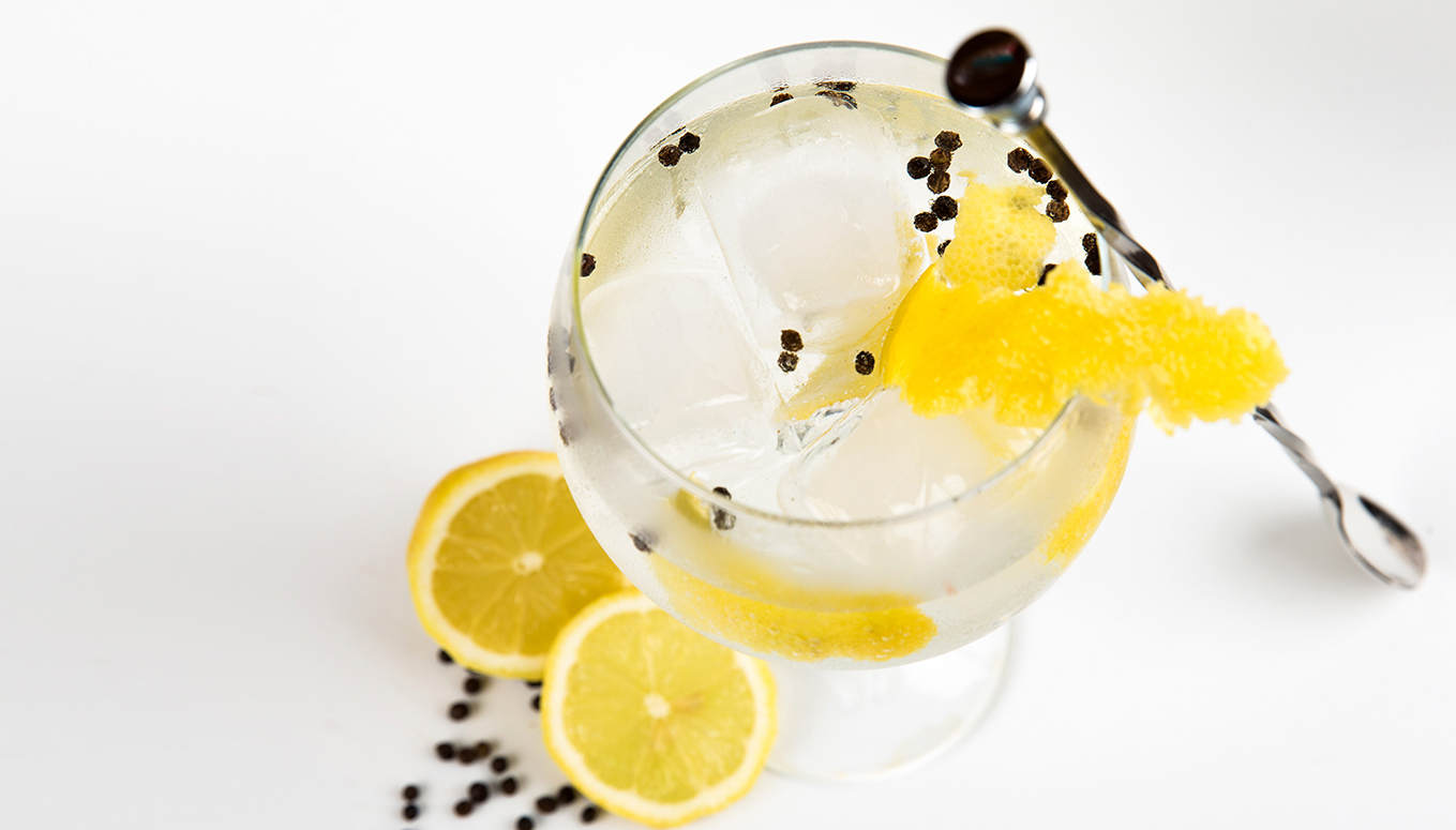 origin of gin and tonic